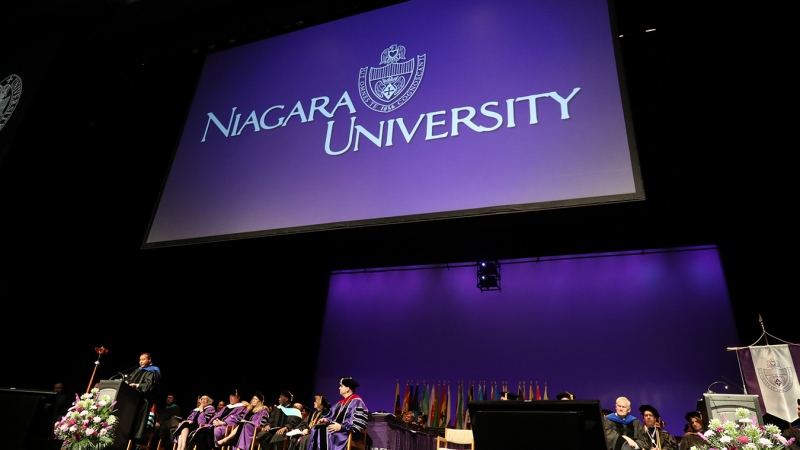 ABC's Quiñones, Two-time Cancer Survivor Znaimer Celebrated During Niagara University Commencement